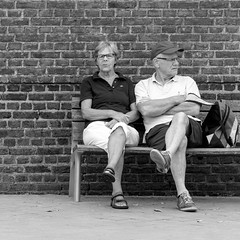 the symmetry of togetherness (every pixel counts) Tags: 2018 oostende belgië city bench couple people street everypixelcounts blackandwhite 11 belgium square europa eu bw man woman day