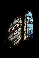 Window light - St Thomas the Apostle, Harty IoS Kent. (nedjetwave) Tags: windowlight stthomastheapostle hartyioskent stainedglass isleofsheppey sheppey shadow minoltax500 kodak kodachrome analogue scanfromfilm