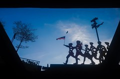 Negaraku Malaysia (Ahmed N Yaghi) Tags: malaysia kuala lumpur one south west entrance serdang selangor flag negaraku country federation establishment formation day eagle kids children sculpture sun sky dark black clouds