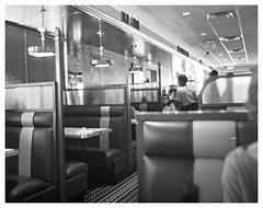 OM2n_35mm_BW_XX_047.jpg (Tony Roman Photography) Tags: om2n bwxx blackandwhite