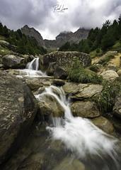 Arroyo del Ibón de Piedrafita (Raul Piki Bolukua) Tags: ibón lake river rocks landscape pirineos huesca summer valledetena pyrenees spain longexposure water creek mountain montaña