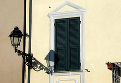 To crop or not to crop ... (fotomie2009) Tags: liguria italy italia millesimo lampione street lamp shadow ombra persiana finestra window