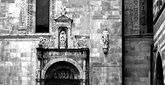 Duomo di Como (BrigitteChanson) Tags: como côme lombardia lombardie italia italie chiesa iglesia church cattedrale cathédrale sculptures statues duomo santa maria assunta