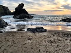 Carreg Bica o draeth Cilborth, Llangrannog, Ceredigion (iPhone SE7) (FfotoMarc) Tags: ceredigion legends myths geology rocks cerrig waleacoastpath llwybrarfordircymru arfordir coast sea môr wales cymru