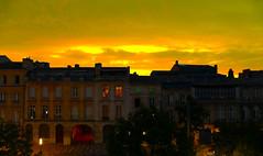 What's tonight, on TV ? (Le.Patou) Tags: france bordeaux lesquais vue city view cityview cityscape sunset sky yellow flat building streetview ochre fz1000