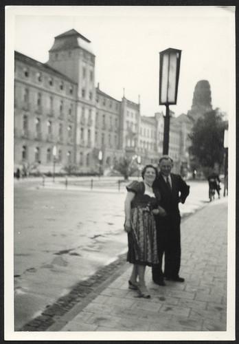 Archiv P953 Urlaubsfoto, Ehepaar, 1960er