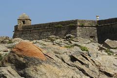 Vila do Conde (hans pohl) Tags: portugal porto rochers rocks forteresse architecture walls murs