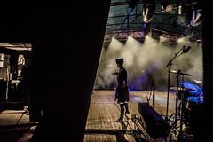 Des coulisses (*Christian) Tags: coulisses kalmoukie dance dancing clairobscur chiaroscuro backstage spotlight shadow silhouette danseur dancer russia