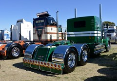 Moloney (quarterdeck888) Tags: trucks photos truckphotos australiantrucks outbacktrucks workingtrucks primemover class8 overtheroad interstate frosty quarterdeck jerilderietrucks jerilderietruckphotos flickr bdoubles lorry bigrig highwaytrucks interstatetrucks nikon truck kenworth kenworthclassic kk kenworthclassic2018 truckshow truckdisplay workingclasstrucks noprizes moloney legend legend900 t900 limitededition