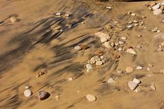 Arena negra (Toni_Ejido) Tags: arena sand playa beach agua water piedras stones negro black mojado wet