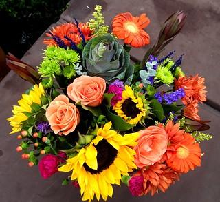 0220ex Birthday bouquet---Coolpix P1000