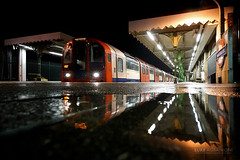 Mirror reflection at Snaresbrook station (Luke Agbaimoni (last rounds)) Tags: london londonunderground londontube transportforlondon trains transport night