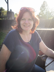 Jeannette, Lisse 2018: Sundrenched (mdiepraam (30 mln views!)) Tags: jeannette lisse 2018 huysdever portrait pretty beautiful gorgeous attractive elegant classy dutch fiftysomething redhead woman lady milf naturalglamour smile backlight bluetop sunglasses denim jeans