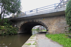 Bridge, No28   New Mills,  Peak Forest Canal   August 2018 (dave_attrill) Tags: newmills bridge no28 peakforest canal bugsworthbasin towpath derbyshire buxworth horsedrawn water boat august 2018 peakdistrict nationalpark