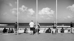 Manly beach, Sydney, summer 2016  #288 (lynnb's snaps) Tags: 35mm bw400cn c41 iiic ltm leica leicaiiic manly bw beach couples film leicafilmphotography kodakfilm chromogenicfilm sydney cv35mmf25colorskoparltm 2016 summer street people manlybeach ocean coast eastcoast australia blackandwhite bianconegro blackwhite bianconero biancoenero blancoynegro noiretblanc schwarzweis monochrome ishootfilm ©copyrightlynnburdekinallrightsreserved