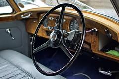 Bentley S1 1958 (Velosnapper) Tags: 35mm d7500 nikon steering bentley classic car vintage cambridge silver wheel dashboard