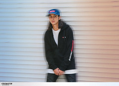 04 (GVG STORE) Tags: streetwear streetstyle coordination unisex unisexcasual crewneck hoodie gvg gvgstore gvgshop