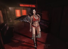Welcome to Hell (Silky Lynn) Tags: ck candy kitten lic lyndy in chains