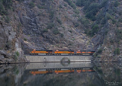Crystal Clear (Patrick Dirden) Tags: bnsf3971 et44c4 gevo ge generalelectric diesel locomotive engine rail railroad train freighttrain cargo bnsf bnsfrailroad bnsfrailway burlingtonnorthernsantafe burlingtonnorthernsantaferailroad upcanyonsubdivision beldenca featherrivercanyon featherriver sierranevada northerncalifornia california