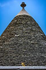 Alberobello (domenicomartimucci) Tags: alberobello puglia italy trulli gatti cats animali animals colori colors italia apulia architettura cielo