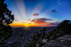 Grand Canyon Sunset (Stuart Schaefer Photography) Tags: cloudsstormssunsetssunrises sunburst sun goldenhour grandcanyon sunset travel outdoors outdoor sonya7m3 sky arizona clouds evening landscape dusk