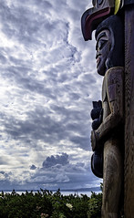 Portentous totem (Tony Tomlin) Tags: whiterockbc britishcolumbia canada southsurrey totem clouds storm