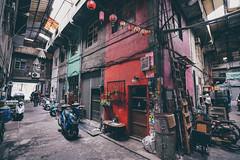 忠信市場 (aelx911) Tags: a7rii a7r2 sony carlzeiss fe1635mm 1635mm landscape cityscape city taiwan taichung traditional travel 台灣 台中 忠信市場