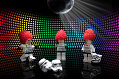 Disco night ([inFocus]) Tags: andrewwellsphotography studio creative strobist stormtrooper starwars lego minifigures minifig minifigure disco raspberries dancing deathstar mirrorball reflection toys toy action actionfigure canon 5dmkiv