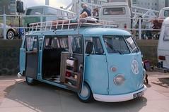 24-YD-08 Volkswagen Transporter kombi 1500 1974 (Wouter Duijndam) Tags: 24yd08 volkswagen transporter kombi 1500 1974 braziliaan