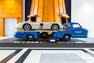 Mercedes Renntransporter 'Das Blaue Wunder' - 1955