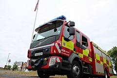NA66 NZK (Ben Hopson) Tags: county durham darlington fire rescue service cddfrs volvo epump consett station open day 2018 d01 d02 d02p1 high handenhold standby ordering union jack flag pole 66plate 999 uk emergency pump ladder na66 nzk na66nzk
