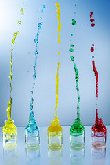 Five of them (Wim van Bezouw) Tags: sony ilce7m2 water splash drops bottle colour upsidedown