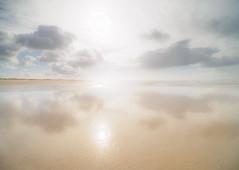 LightKiss.jpg (Klaus Ressmann) Tags: klaus ressmann omd em1 abstract beach foleron iaowa75mm landscape nature sun winter clouds design flcnat reflection klausressmann omdem1