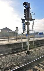 33044 (benbobjr) Tags: derbyshire derby midlands eastmidlands england english uk unitedkingdom gb britain greatbritain derbyrailwaystation derbytrainstation derbymidlandstation train railway station br britishrail eastmidlandstrains midlandcountiesrailway birminghamandderbyjunctionrailway northmidlandrailway midlandrailway londonmidlandandscottishrailway tripartitestation trijunctstation railtrack networkrail derbystation