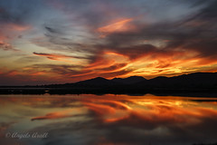 Simetria (ANGELS ARALL) Tags: sessalinas santjosep sunset puestadesol red rojo illesbalears ibiza