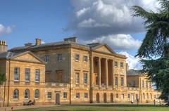 Basildon Park (Davide Moriondo) Tags: basildon park palace england sky coulds grass palazzo parco cielo erba inghilterra