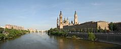 Over the river. (Fencejo) Tags: canon400dxti tamronspaf1750mmf28xrdiiild zaragoza ebro river pilar landscape city