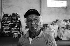 Seu João (Lente Quente) Tags: reciclagem ferro velho nossa senhora das graças julio perfil