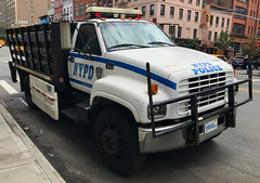NYPD Patrol Borough Manhttan South GMC C-6500 Barriers Truck (NY's Finest Photography) Tags: highway patrol state nypd fdny ems police law enforcement ford dodge swat esu srg crc ctb rescue truck nyc new york mack tbta chevy impala ppv tahoe mounted unit service squad dcu