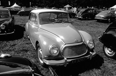 DKW F93 (Ronald_H) Tags: concours paleis delegance loo zw black white film classic car oldtimer 2018 washi washis diafine xx3289 dkw f93