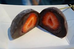 DSC07707 (RosieTulips) Tags: richmondnightmarket asomimochi strawberry chocolate mochi daifuku