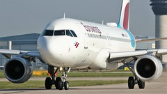D-AIZV (AnDyMHoLdEn) Tags: eurowings a320 lufthansagroup staralliance egcc airport manchester manchesterairport 23l