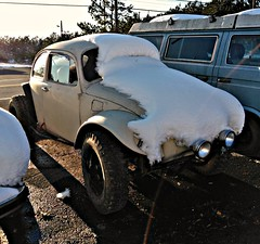 VW Baja Bug (Dave* Seven One) Tags: bajabug beetle type1 custom snow cool offroad vw volkswagen vwbug vwbeetle classic vintage dents scratches rust rusty
