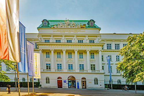 Tu Vienna
