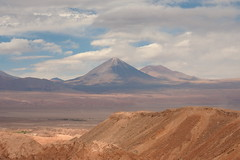 "The Valley of the Moon (Say ""Wasabi"") Tags: atacama chile desert latinamerica serene calm tranquil olympus m43 landscape scenery mountains southamerica sky skies clouds travel mountain"