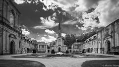 Abbaye d'Aulne (musette thierry) Tags: d800 blackandwhite musette architecture thierry 1835mm nikon abbaye lieu belgium belgique thuin aulne photographie eglise vue visite