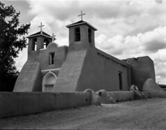 San Francisco de Asís Mission, Ranchos de Taos, NM (Obatolay) Tags: graphex135mm taos newmexico 4x5 analog largeformat koronaview4x5
