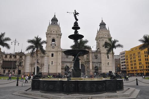 Plaza De Armas & Catedral De Lima