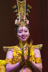 DAG_8977r (crobart) Tags: thousand hand bodhisattva eyes yate dance acrobatic team chinese china canadian national exhibition cne 2018 toronto