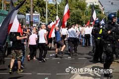 Rudolf-Heß-Gedenkmarsch 2018: Mord verjährt nicht! Gebt die Akten frei! Recht statt Rache  und Gegenprotest: Keine Verehrung von Nazi-Verbrechern! NS-Verherrlichung stoppen! – 18.08.2018 – Berlin –IMG_6281 (PM Cheung) Tags: rudolfhessmarsch wwwpmcheungcom berlin mordverjährtnichtgebtdieaktenfreirechtstattrache neonazis demonstration berlinspandau spandau friedrichshain hesmarsch rudolfhes 2018 antinaziproteste naziaufmarsch gegendemonstration 18082018 blockade npd lichtenberg polizei platzdervereintennationen polizeieinsatz pomengcheung antifabündnis rechtsextremisten protest auseinandersetzungen blockaden pmcheung mengcheungpo pmcheungphotography linksradikale aufmarsch rassismus facebookcompmcheungphotography keineverehrungvonnaziverbrechernnsverherrlichungstoppen antifaschisten mordverjährtnicht rudolfhesmarsch sitzblockaden kriegsverbrechergefängnisspandau nsdap nskriegsverbrecher geschichtsrevisionismus nsverherrlichungstoppen hitlerstellvertreterrudolfhes 17august1987 rathausspandau ichbereuenichts b1808 festderdemokratie verantwortungfürdievergangenheitübernehmen–fürgegenwartundzukunft rudolfhessmarsch2018 rudolfhesgedenkmarsch rudolfhesgedenkmarsch2018
